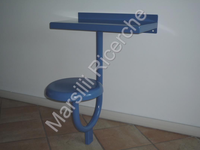 Monoblocco tavolo e sgabello per carceri for Sgabello per scrivania